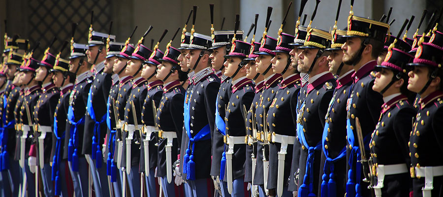 come diventare ufficiali dell' esercito