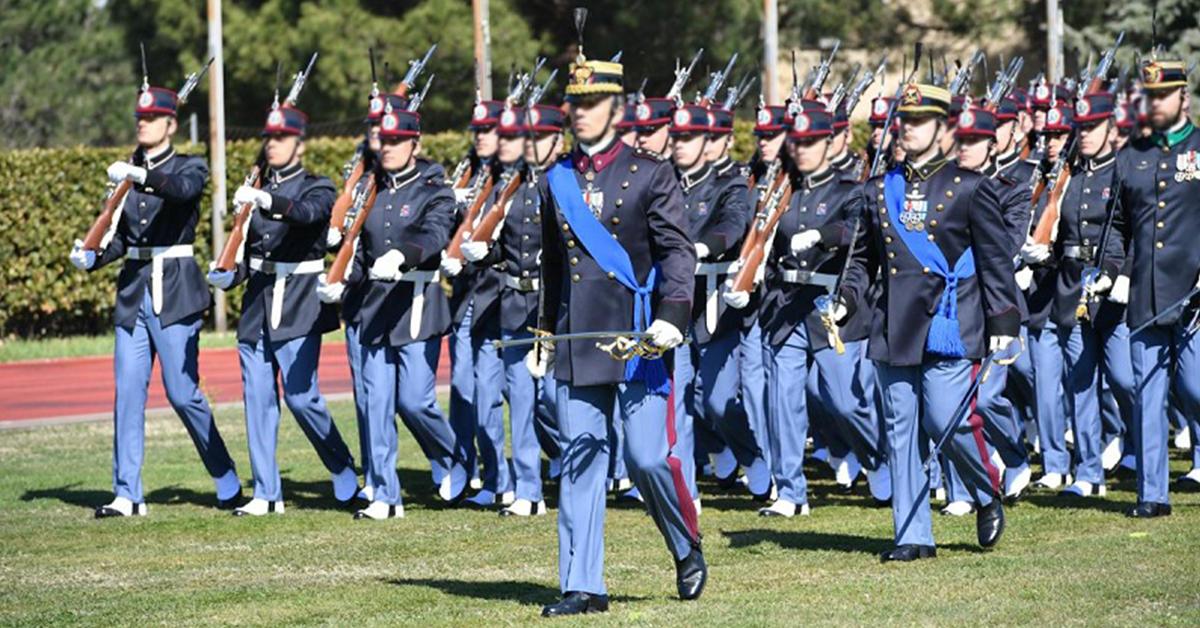 Stipendio Maresciallo Esercito: ecco quanto guadagna un Maresciallo dell'Esercito Italiano