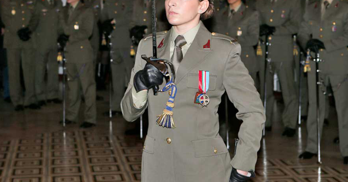 Concorso 12 Marescialli a Nomina Diretta Esercito 2020 - Bando
